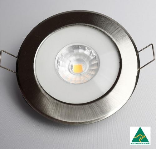 Saturn 60 Brushed Chrome (CS-series) nonglare downlight with white cable/round connector and external driver